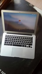 Продам macbook Air 13.3